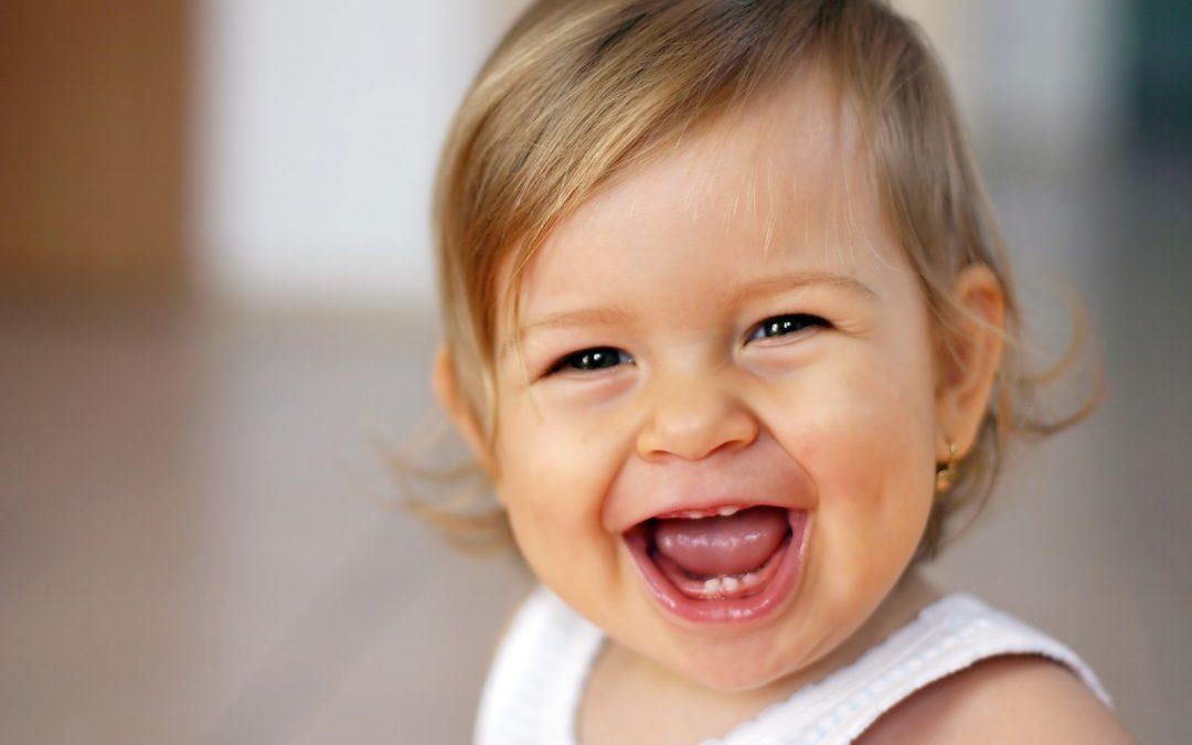 Como diminuir o incômodo dos primeiros dentinhos?
